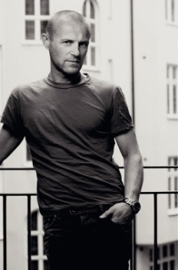 Jo Nesbø- just your average Norwegian rockstar turned novelist